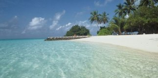 meeru-island-resort-beach-01