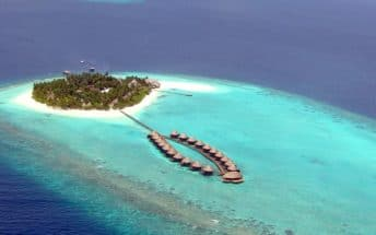 angaga island resort 1