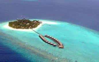 angaga island resort 1
